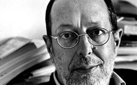 Morreu o escritor António Torrado