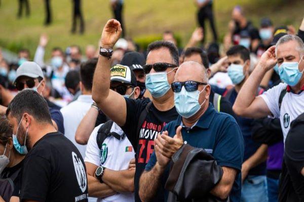 Protesto de polícias desloca-se para o MAI e PSP faz queixa ao Ministério Público