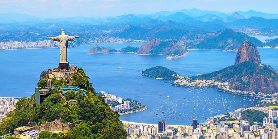 Portugueses no Brasil receiam não viajar livremente devido à vacina Coronavac