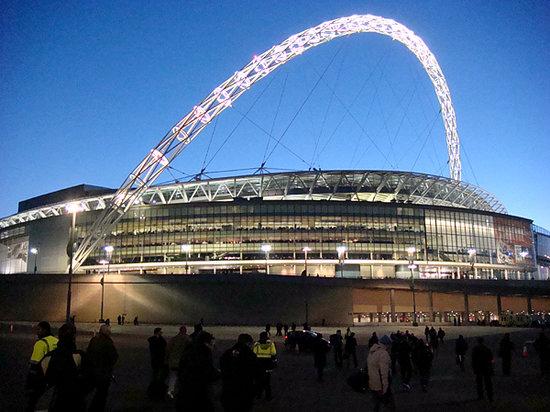 Adeptos vão colorir os 11 estádios das 11 cidades, apesar da pandemia