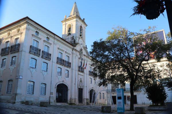 Câmara Municipal de Aveiro discrimina o Litoral Centro