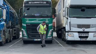 Supermercados britânicos enfrentam dificuldades de abastecimento