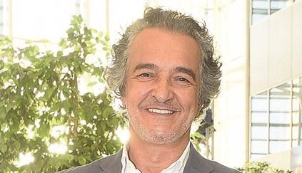 Ator Rogério Samora sofre paragem cardiorrespiratória