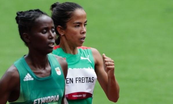 Patrícia Mamona aponta à consolidação no 'clube' dos 15 metros