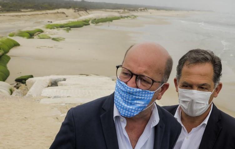 Ministro assume que 'bypass' de areias na barra da Figueira da Foz é para fazer
