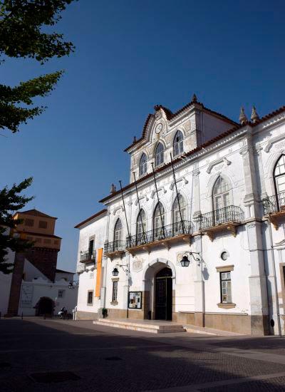 Em reunião pública de 25 de Agosto de 2021: Câmara de Évora aprova criação de Equipa de Intervenção Permanente de Bombeiros no Concelho