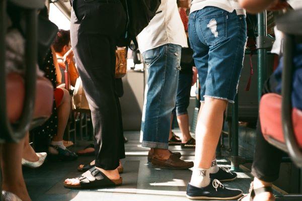 POLÍTICA | Covid-19: Transportes públicos deixam de ter limites de lotação