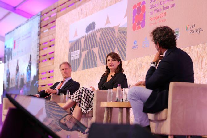 Conferência Mundial de Enoturismo está a decorrer em Monsaraz com cerca de 800 participantes presenciais e online