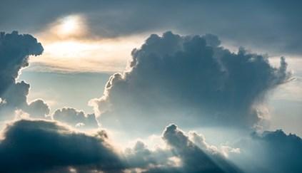 Chuva e céu nublado nesta quinta-feira