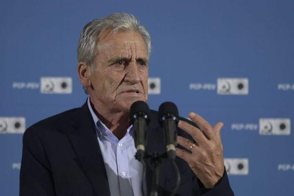 """PCP acusa Governo de construir PRR """"sob o mando de Bruxelas e dos senhores do dinheiro"""""""