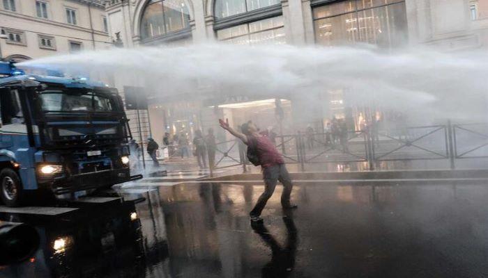 Milhares de pessoas protestaram em Roma e em Genebra contra restrições da pandemia