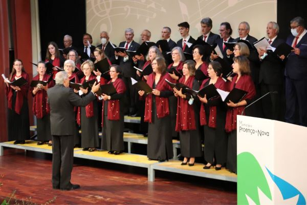 Maestro Carlos Gama homenageado pelo Município e pelo Grupo Coral de Proença-a-Nova