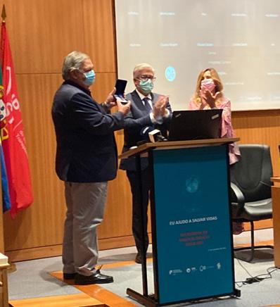 """Prof Hélder Trindade agraciado com a medalha de Serviços Distintos do Ministério da Saúde – grau """"ouro"""