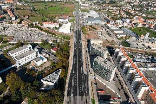 Aveiro | Concluído o alargamento do Tabuleiro sobre a Linha do Norte