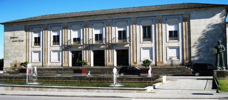 Tondela | Ministério Público pede pena de prisão suspensa para presidente e vice-presidente da Câmara